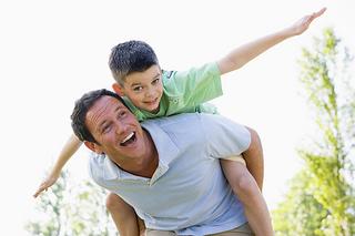 pedo-fatherandson-smiling.jpg